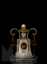 Perfume Family; The Rebel. Mimi Berlin and JW Kaldenbach for Harper's Bazaar NL, BeautyBazaar, issue #3