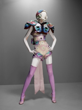 Rüpert von Rom; Must see of the Month is McQueen in the V&A