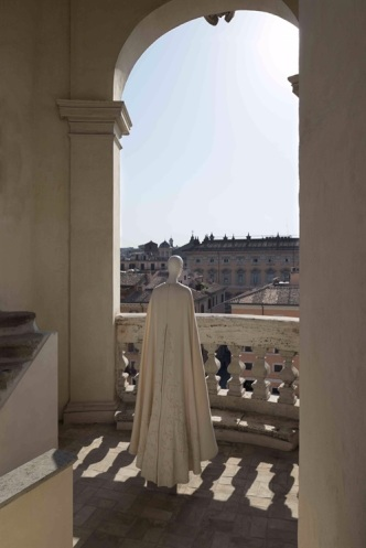 Valentino Mirabilia Romae Campanile Sant'Agnese in Agone - @Courtesy press office - See more at: http://www.vogue.it/en/shows/oddities/2015/07/valentino-mirabilia-romae#ad-image