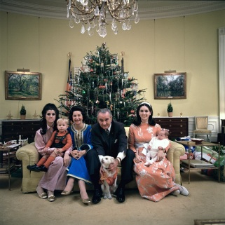 Ways to Celebrate X-Mas with Family Sixties Style