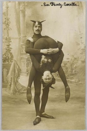 creepy-items-from-past21