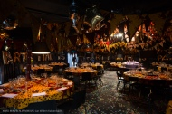 Dining with Maarten Baas in Vlisco incorporated tablesettings with Chefcook Sergio Herman