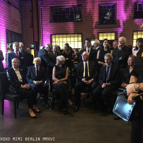 Hubert de Givenchy and entourage